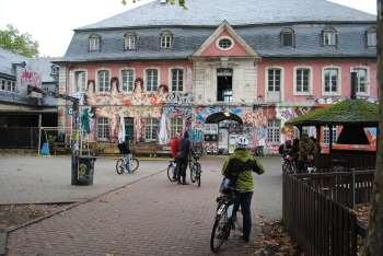 """Jugendzentrum """"Ex(zellenz)-Haus"""", Trier"""